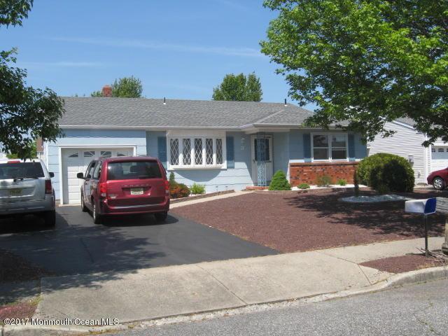 3 Norway Road, Toms River, NJ 08757 (MLS #21719541) :: The Dekanski Home Selling Team