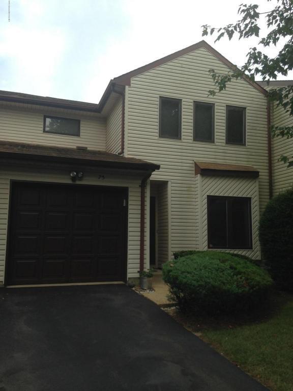 75 Orange Drive, Marlboro, NJ 07746 (MLS #21719720) :: The Dekanski Home Selling Team