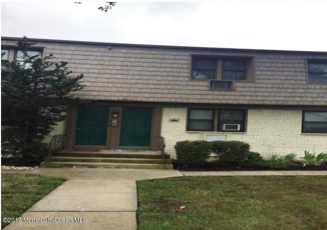 520 Cliffwood Avenue, Matawan, NJ 07747 (MLS #21720725) :: The Dekanski Home Selling Team