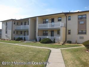 69 Wharfside Drive, Monmouth Beach, NJ 07750 (MLS #21721410) :: The Dekanski Home Selling Team