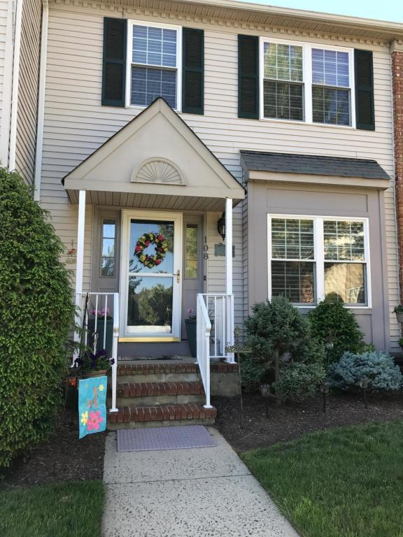 108 Richmond Court N, Holmdel, NJ 07733 (MLS #21721970) :: The Dekanski Home Selling Team
