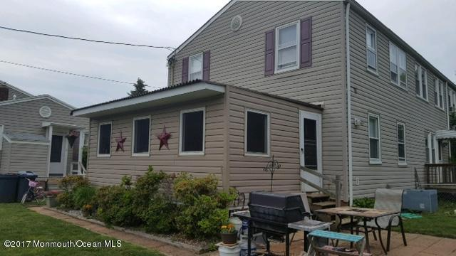 20 Belshaw Avenue, Shrewsbury Twp, NJ 07724 (MLS #21722010) :: The Dekanski Home Selling Team