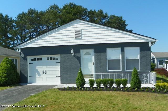101 Prince Charles Drive, Toms River, NJ 08757 (MLS #21722991) :: The Dekanski Home Selling Team