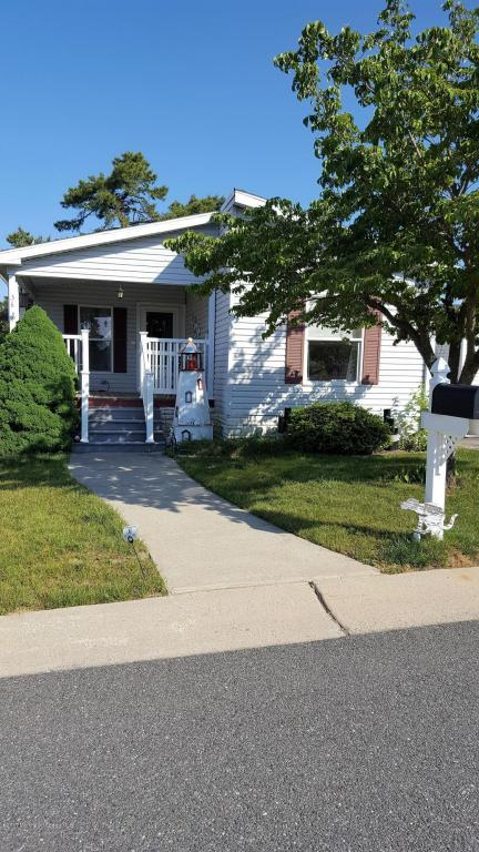 36 Pine Ridge Boulevard, Whiting, NJ 08759 (MLS #21723056) :: The Dekanski Home Selling Team