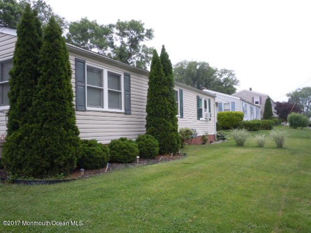 81 Barker Avenue, Shrewsbury Twp, NJ 07724 (MLS #21723106) :: The Dekanski Home Selling Team