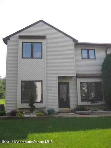106 Tangerine Drive, Marlboro, NJ 07746 (MLS #21723394) :: The Dekanski Home Selling Team