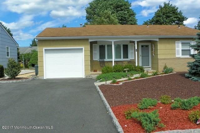 5 Carlisle Road, Toms River, NJ 08757 (MLS #21724983) :: The Dekanski Home Selling Team