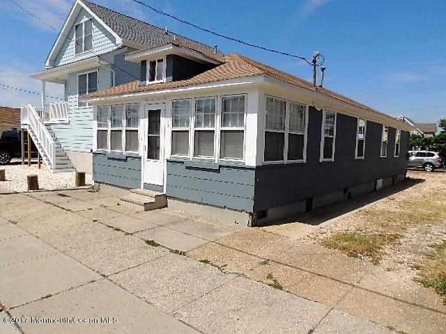 229 Ocean Avenue, Point Pleasant Beach, NJ 08742 (MLS #21724994) :: The Dekanski Home Selling Team
