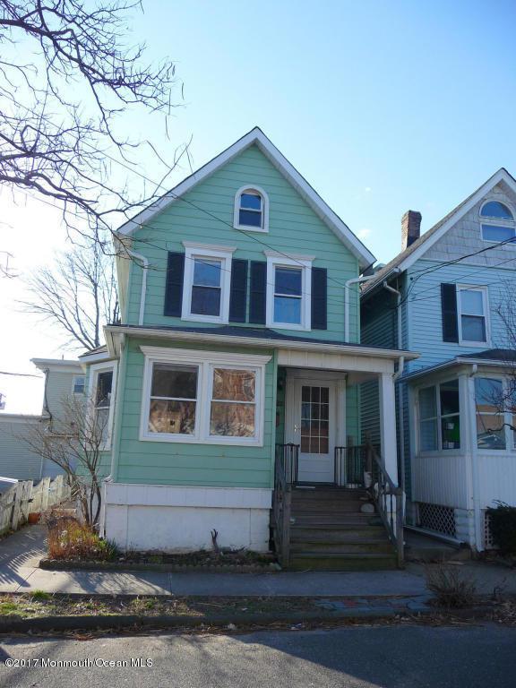 136 Lawrence Avenue, Ocean Grove, NJ 07756 (MLS #21725266) :: The Dekanski Home Selling Team