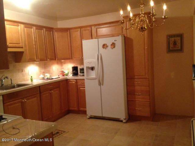 7 D Cypress Street, Toms River, NJ 08757 (MLS #21727085) :: The Dekanski Home Selling Team