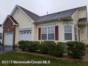 12 Little Leaf Lane, Howell, NJ 07731 (MLS #21727385) :: The Dekanski Home Selling Team