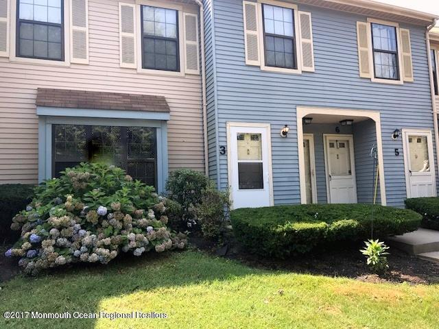 2 Amherst Court #3, Freehold, NJ 07728 (MLS #21728657) :: The Dekanski Home Selling Team