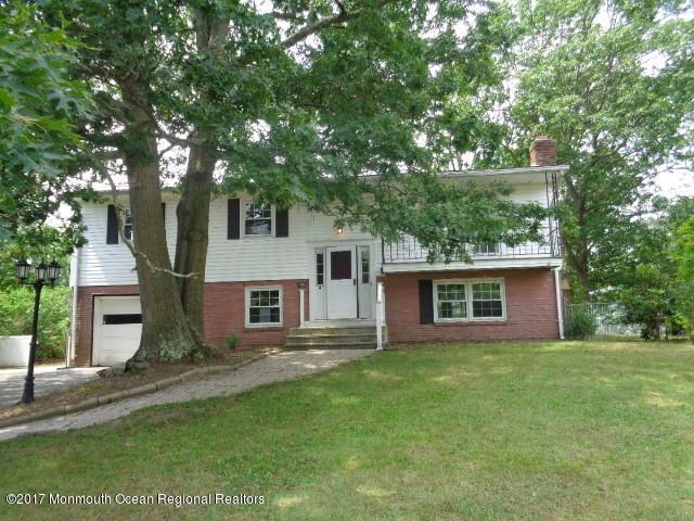 110 Greymoor Road, Howell, NJ 07731 (MLS #21731289) :: The Dekanski Home Selling Team