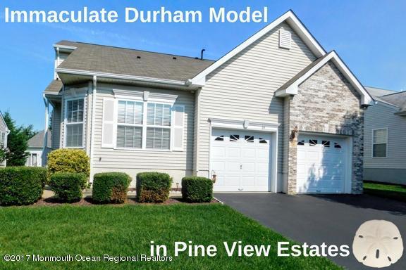 25 Little Leaf Lane, Howell, NJ 07731 (MLS #21731522) :: The Dekanski Home Selling Team