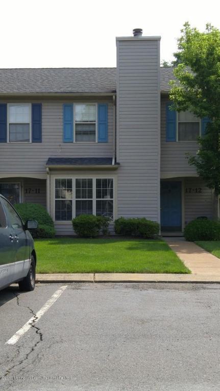 17 Stuart Drive #12, Freehold, NJ 07728 (MLS #21732124) :: The Dekanski Home Selling Team