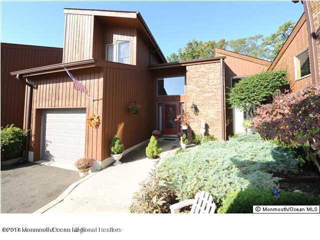 6 Lamiss Court, Brick, NJ 08723 (MLS #21733179) :: The Dekanski Home Selling Team