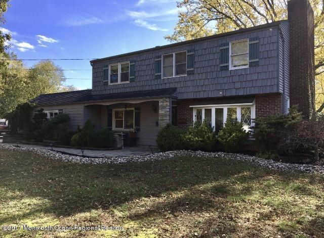 3 Ware Place, Middletown, NJ 07748 (MLS #21734178) :: The Dekanski Home Selling Team