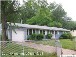 11 Carol Lane, Howell, NJ 07731 (MLS #21734420) :: The Dekanski Home Selling Team