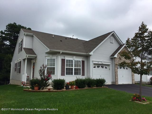 119 Maypink Lane, Howell, NJ 07731 (MLS #21735002) :: The Dekanski Home Selling Team