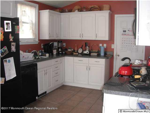 102 Fischer Boulevard, Toms River, NJ 08753 (MLS #21735886) :: The Dekanski Home Selling Team