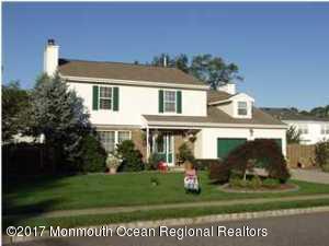 1 Weasel Creek Court, Howell, NJ 07731 (MLS #21736511) :: The Dekanski Home Selling Team