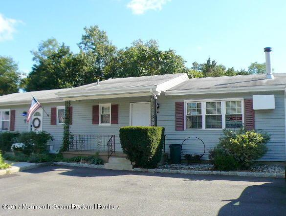 14b Primrose Lane, Jackson, NJ 08527 (MLS #21736727) :: The Dekanski Home Selling Team