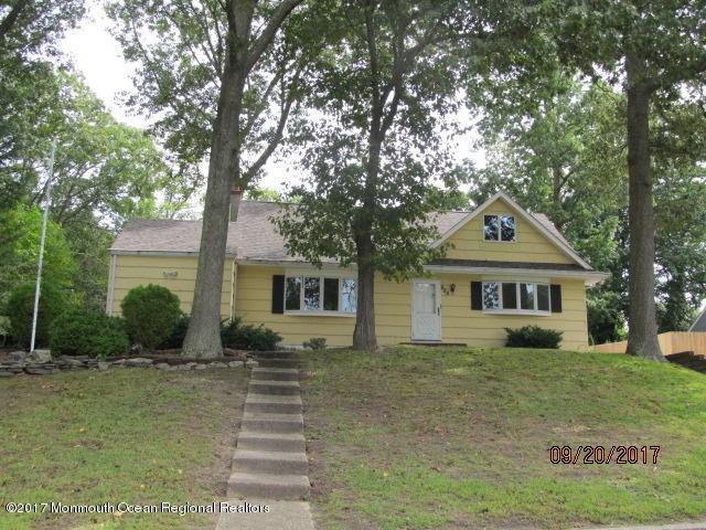 525 Kingsley Court, Toms River, NJ 08753 (MLS #21736886) :: The Dekanski Home Selling Team