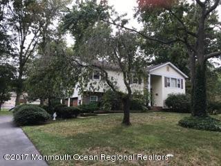 16 Michele Drive, Middletown, NJ 07748 (MLS #21737361) :: The Dekanski Home Selling Team