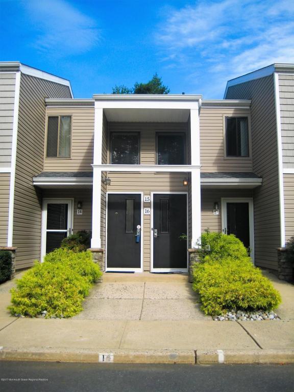 15 Fern Court, Tinton Falls, NJ 07724 (MLS #21737580) :: The Dekanski Home Selling Team