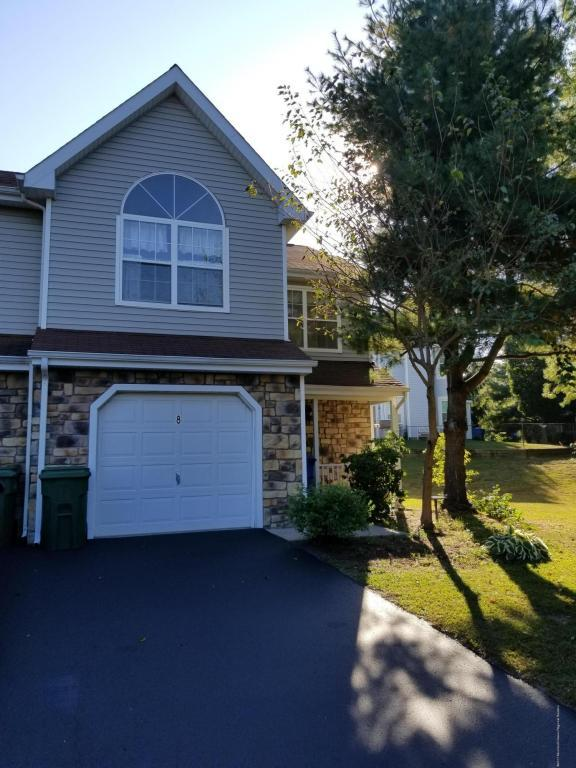 8 Beagle Place, Tinton Falls, NJ 07753 (MLS #21737747) :: The Dekanski Home Selling Team