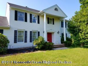 15 Vaughn Drive, Middletown, NJ 07748 (MLS #21737938) :: The Dekanski Home Selling Team