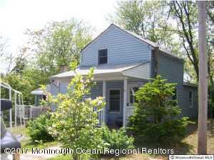 13 Oak Street, Hazlet, NJ 07734 (MLS #21738329) :: The Dekanski Home Selling Team