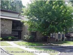 125 Amberly Drive J, Manalapan, NJ 07726 (MLS #21738369) :: The Dekanski Home Selling Team