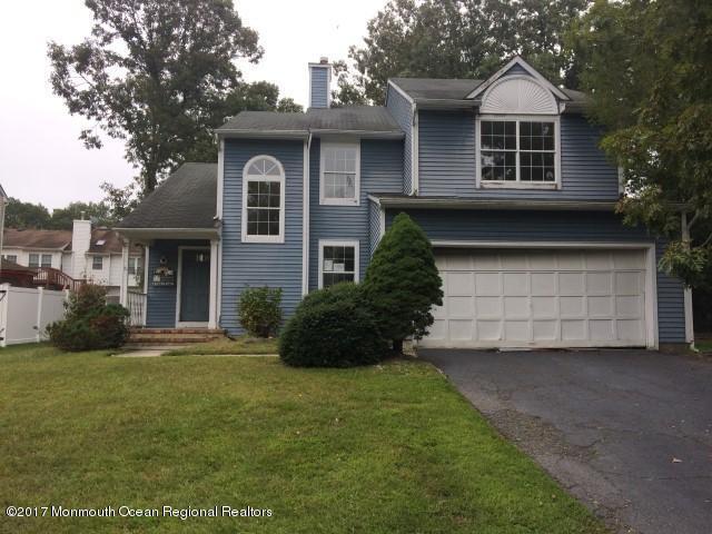 25 Spruce Hollow Drive, Howell, NJ 07731 (MLS #21738386) :: The Dekanski Home Selling Team