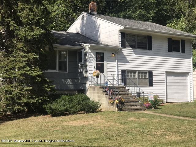 66 Stephenville Boulevard, Middletown, NJ 07748 (MLS #21738575) :: The Dekanski Home Selling Team