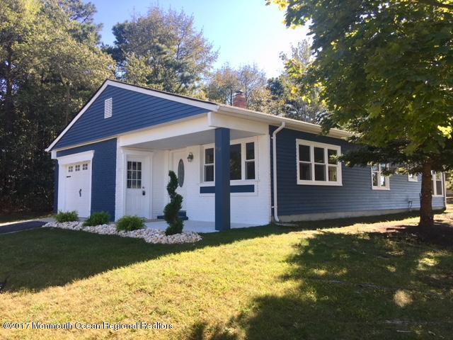 60 Doral Drive, Toms River, NJ 08757 (MLS #21738799) :: The Dekanski Home Selling Team