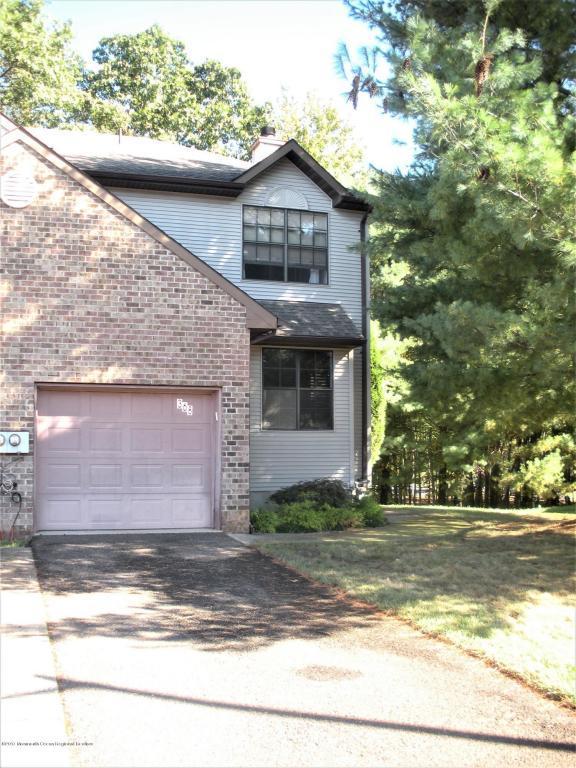368 Oak Knoll Drive, Manalapan, NJ 07726 (MLS #21739266) :: The Dekanski Home Selling Team
