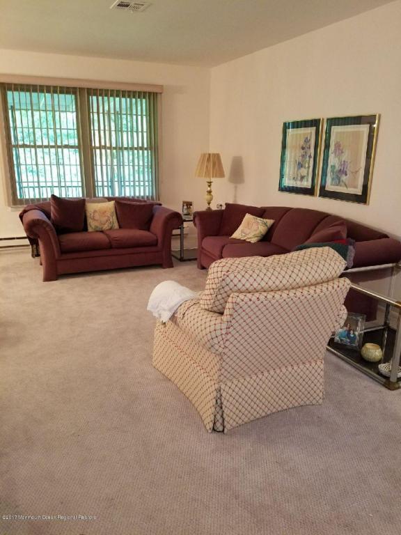 68 Blue Ridge Drive, Brick, NJ 08724 (MLS #21739534) :: The Dekanski Home Selling Team