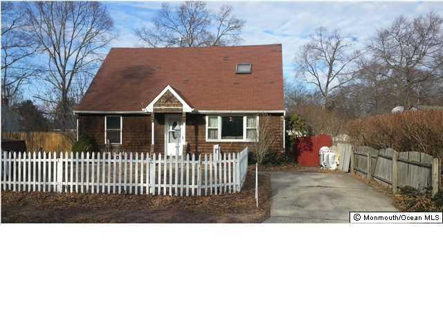 108 Cedar Drive, Lanoka Harbor, NJ 08734 (MLS #21739623) :: The MEEHAN Group of RE/MAX New Beginnings Realty