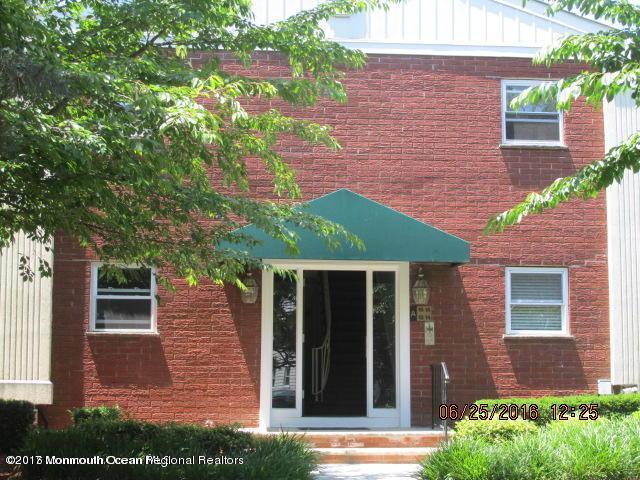 65 Cedar Avenue D2, Long Branch, NJ 07740 (MLS #21739824) :: The Dekanski Home Selling Team