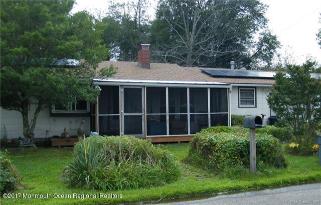 112 Marine Road, Waretown, NJ 08758 (MLS #21741512) :: The Dekanski Home Selling Team