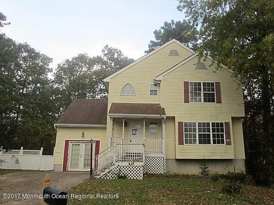 617 9th Avenue, Toms River, NJ 08757 (MLS #21742349) :: The Dekanski Home Selling Team