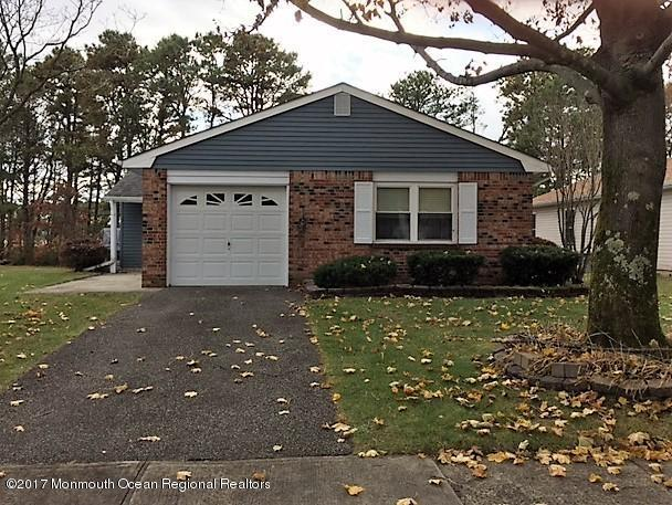 48 Jetty Court, Brick, NJ 08723 (MLS #21744614) :: The Dekanski Home Selling Team