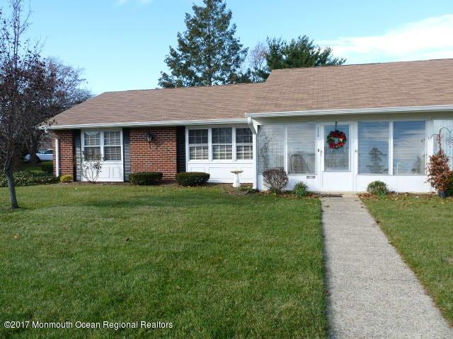 1111a Argyll Circle 100A, Lakewood, NJ 08701 (MLS #21746279) :: The MEEHAN Group of RE/MAX New Beginnings Realty
