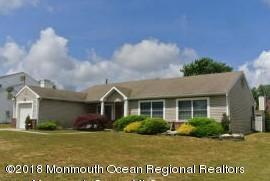 136 Ravenwood Boulevard, Barnegat, NJ 08005 (MLS #21800774) :: The Dekanski Home Selling Team