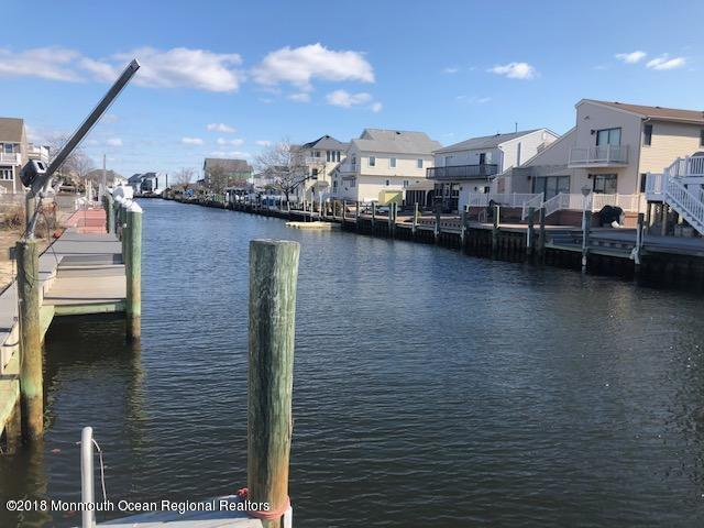 15 Neptune Road, Toms River, NJ 08753 (#21813256) :: Daunno Realty Services, LLC