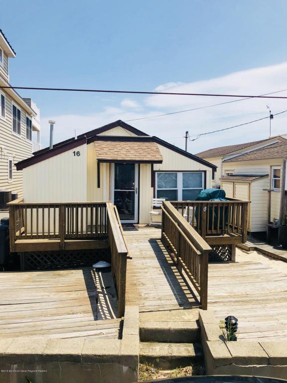 16 Ocean Avenue, South Seaside Park, NJ 08752 (MLS #21820743) :: The Dekanski Home Selling Team