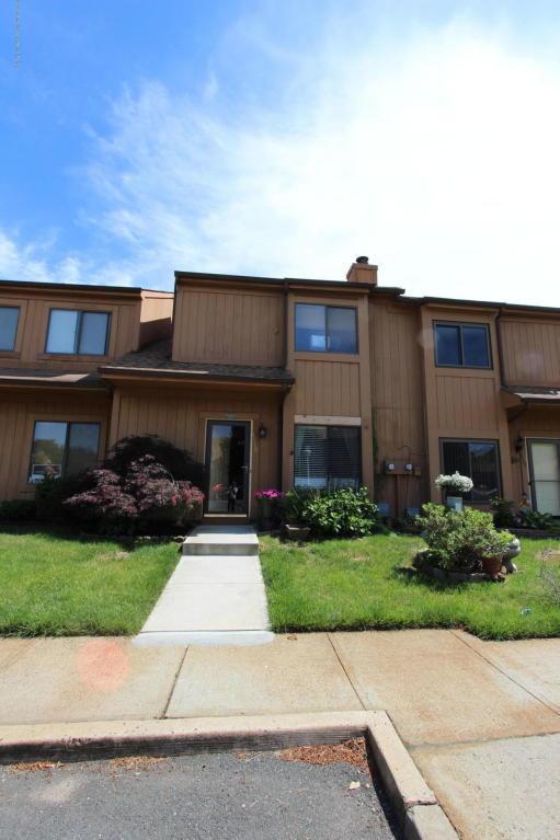 1110 Sandra Place, Brick, NJ 08724 (MLS #21823211) :: The Dekanski Home Selling Team