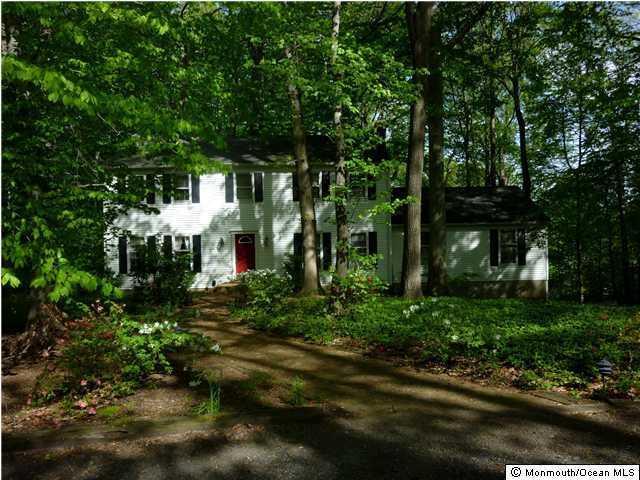 164 Red Hill Road, Middletown, NJ 07748 (MLS #21834720) :: The Dekanski Home Selling Team