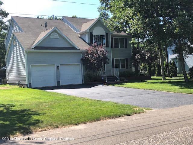 530 Eastern Boulevard, Bayville, NJ 08721 (MLS #21836747) :: The Dekanski Home Selling Team